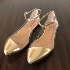 Bamboo Gold/Clear Ankle Strap Flats size 11/41